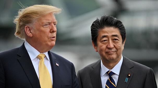 Abe, ara buluculuk için İran'a gidiyor