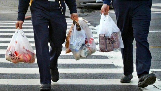 Almanya yakında plastik poşetleri tamamen yasaklamayı hedefliyor