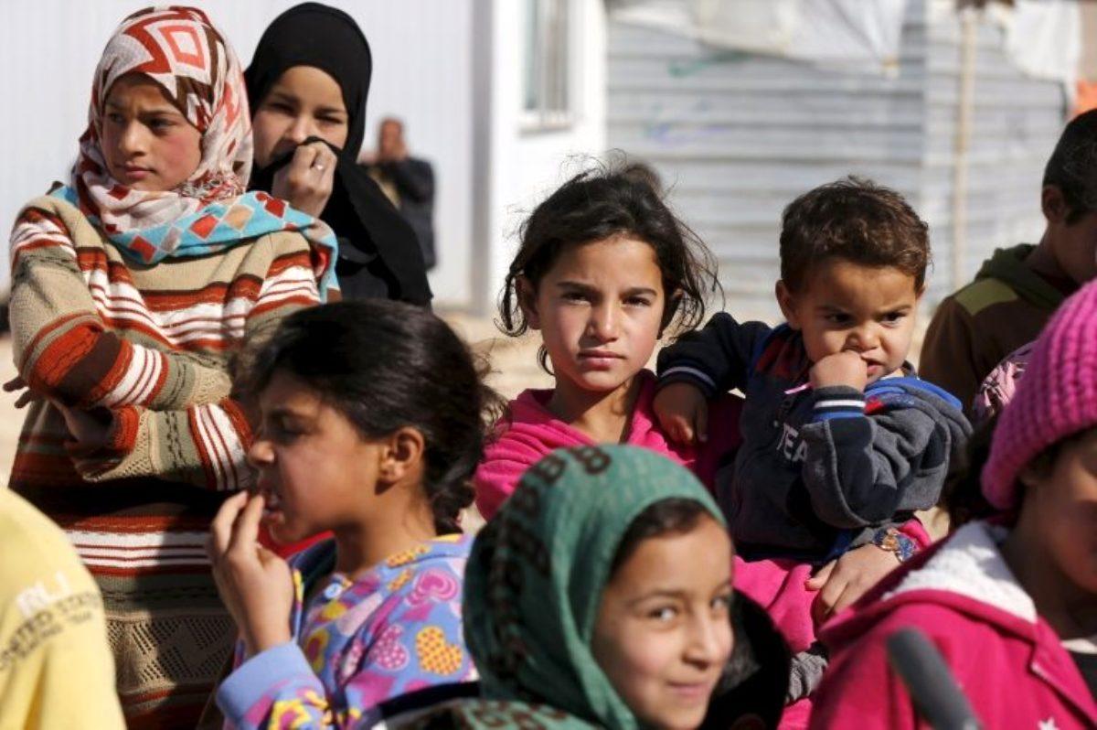 Komşu ülkelerdeki 6 milyona yakın Suriyeli mülteci ülkelerine döner mi?