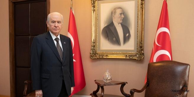 MHP Lideri Devlet Bahçeli: Çadır tiyatronuzu Kandil'de kurun
