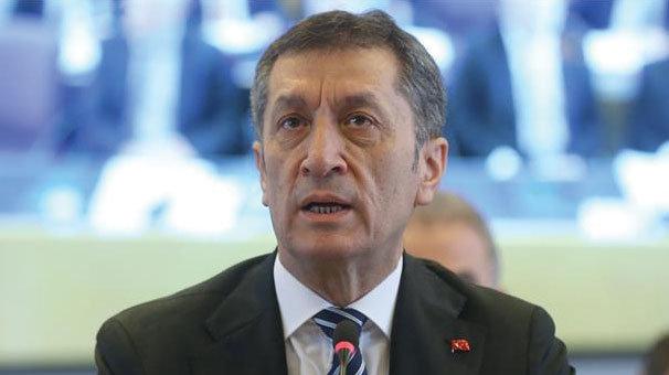 Milli Eğitim Bakanı Ziya Selçuk açıkladı: Öğretmene değil okula performans sistemi