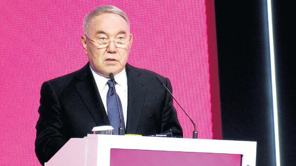 Nazarbayev:. Kazakistan nükleer cephanelik kuruyor