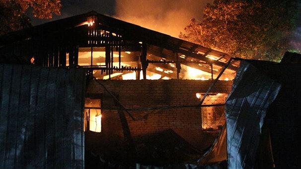 Ukrayna'da hastanede yangın: 6 ölü