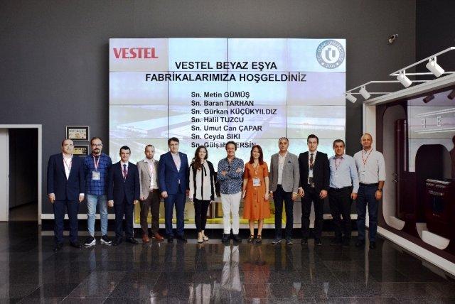 Uşak Üniversitesi DTS Tasarım Merkezi yeni işbirlikleri için toplantı gerçekleştirdi